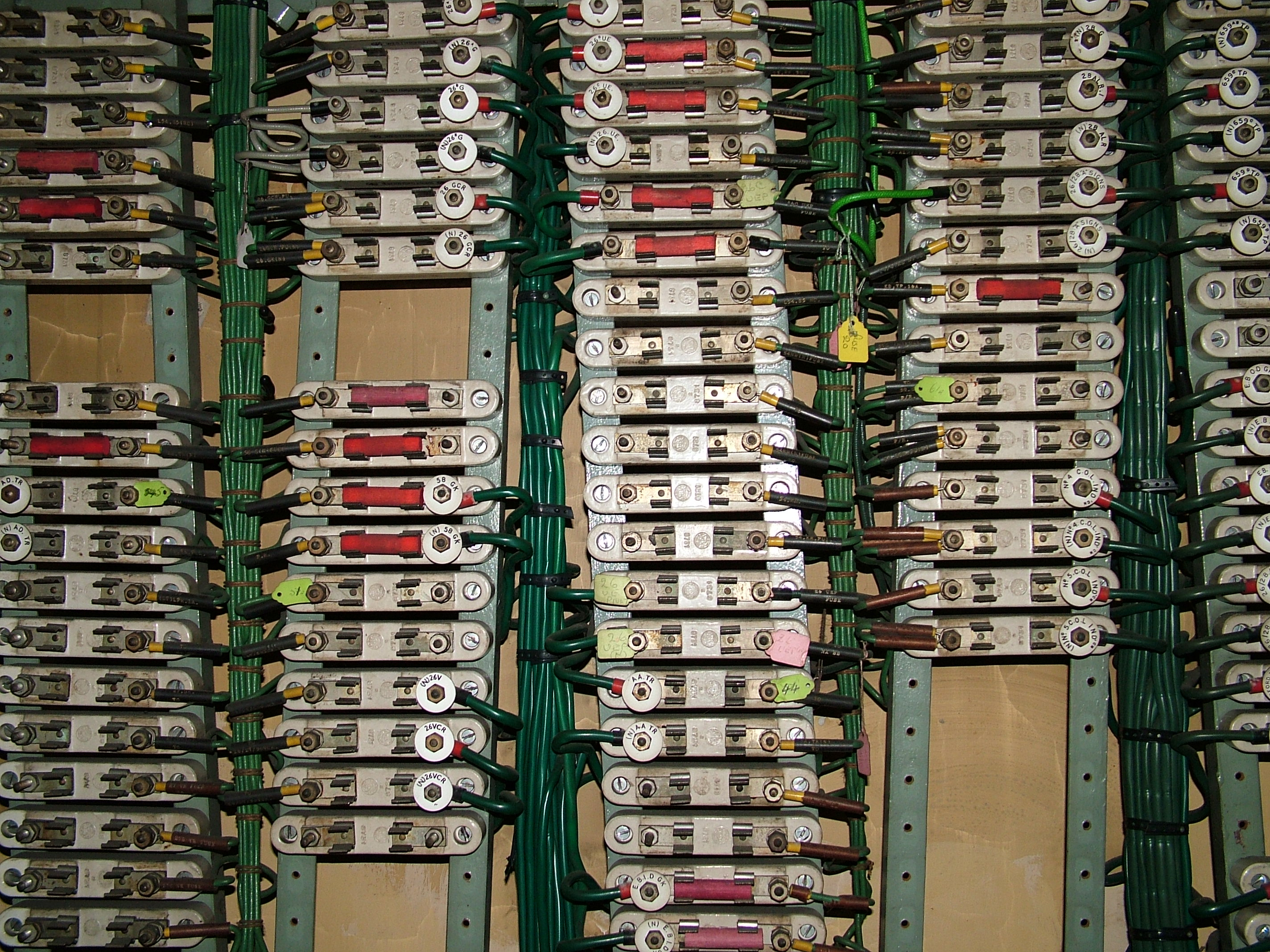 The Gorge Loughton Signal Cabin And Station Relay Logic Circuits Examples Enlarge 712x534 Fullsize 2848x2136